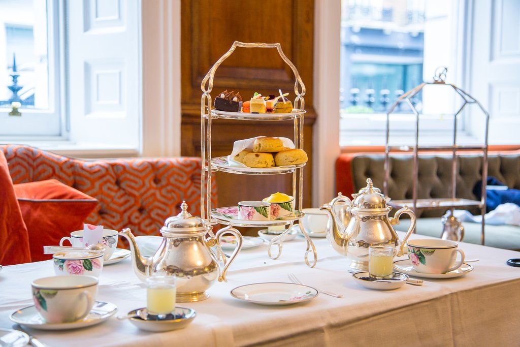 Classical London afternoon tea with english breakfast in a luxury hotel
