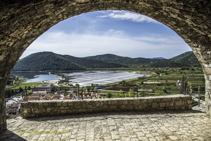 View of Ston and salt plants from Stoviš fortress
