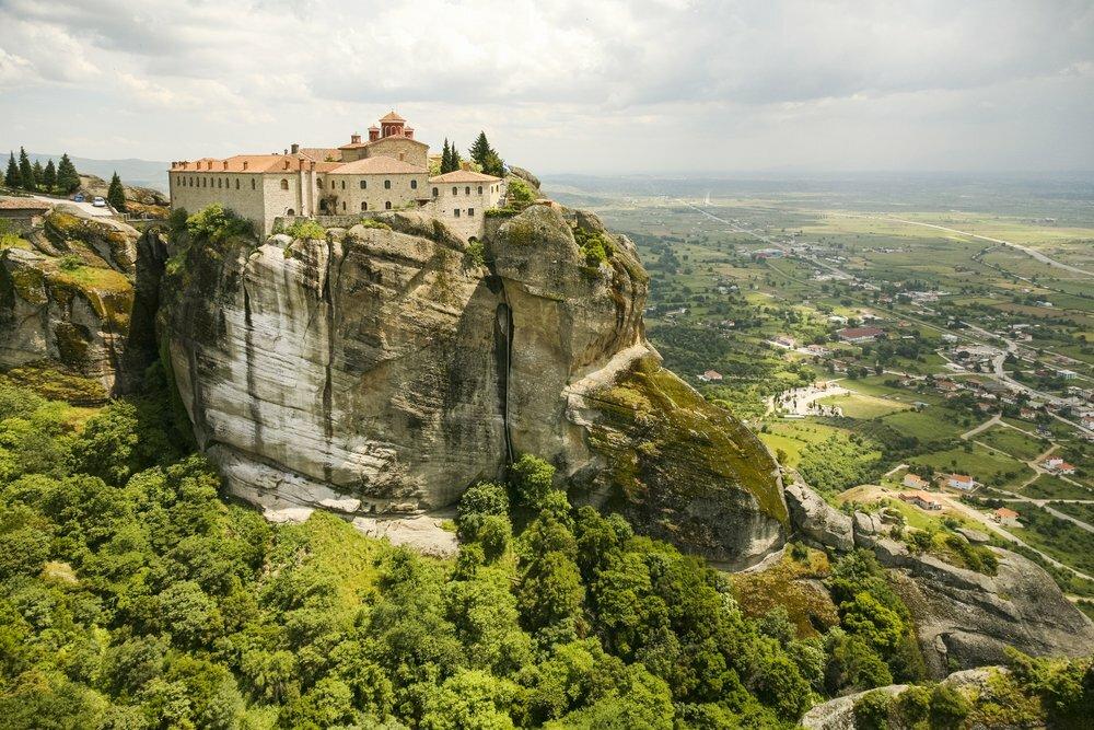 The Enchanting Monasteries of Meteora