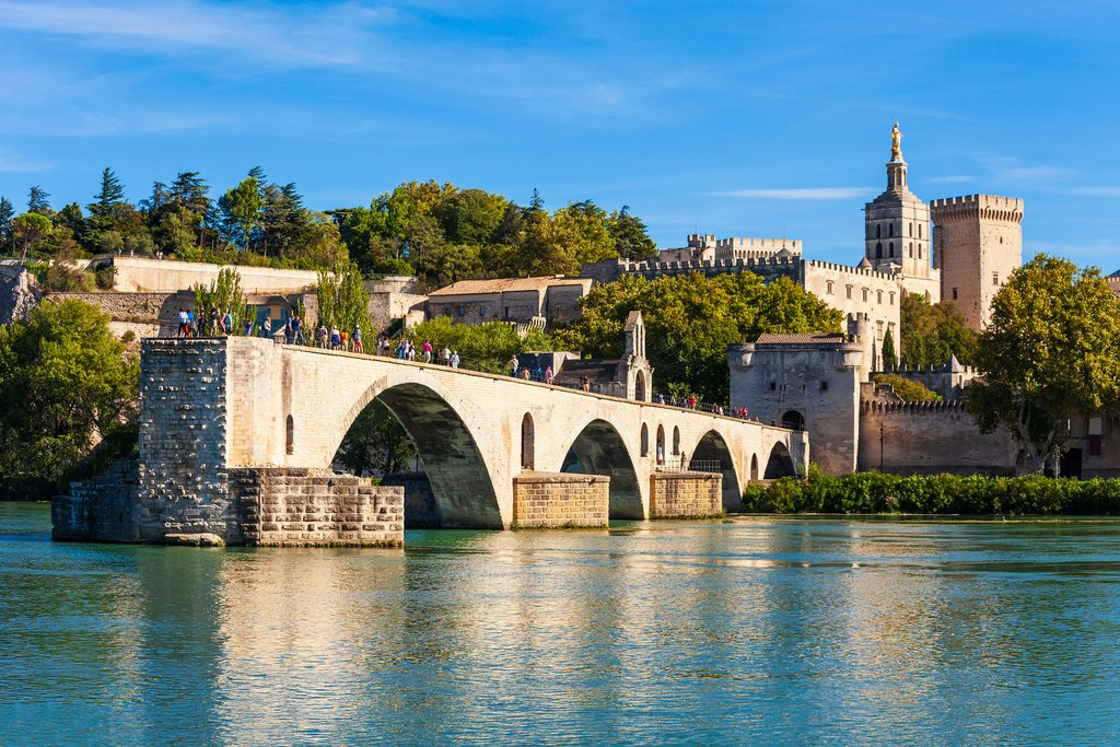 Drive from Avignon to Saint Remy