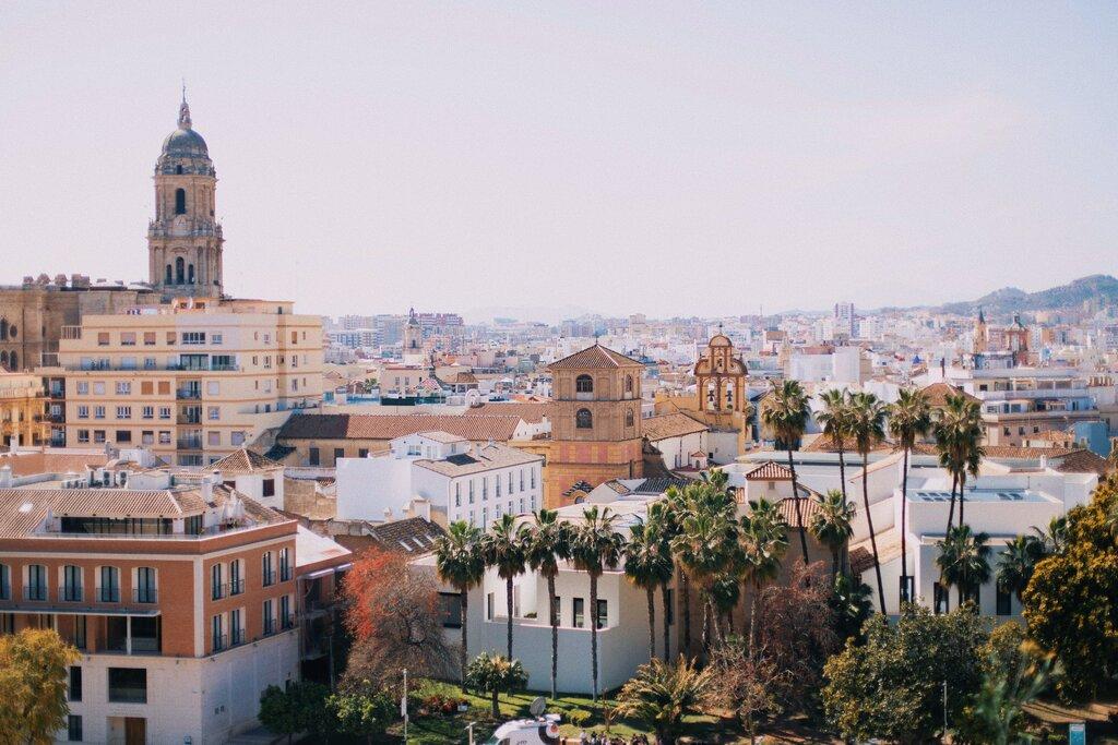 Views over Málaga [Photo by Jonas Denil on Unsplash]