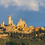 Day Trip to San Gimignano & Monteriggioni in Tuscany