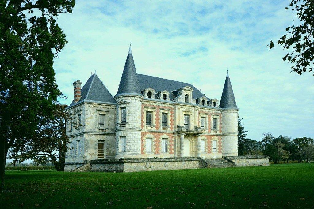 Castle in Medoc