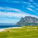 Peaceful beach on the Lofoten Islands
