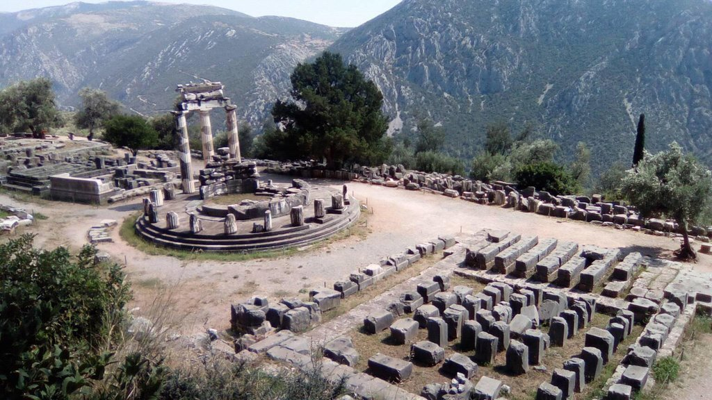 Temple of Athena Pronaia in Delphi (Photo courtesy of Dalia Goldberg)