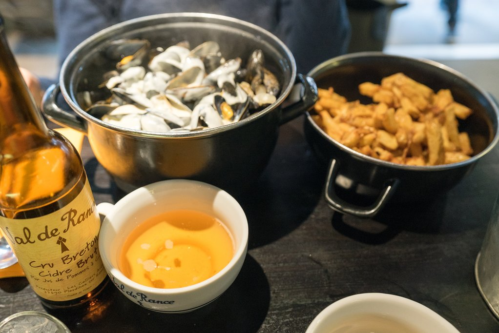 Traditional mussels with cider