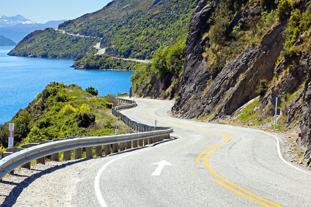 The scenic drive to Queenstown