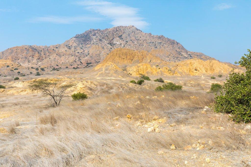 Arid landscapes surrounding Tucume
