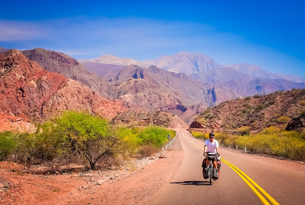 Cycling on the road to Cafayate