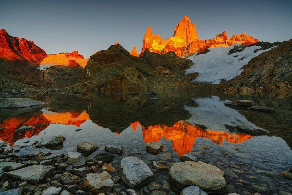 Sunrise at Laguna de los Tres