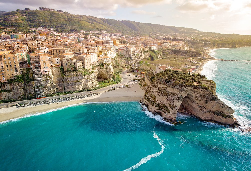 How to Get from Isola di Capo Rizzuto to Tropea