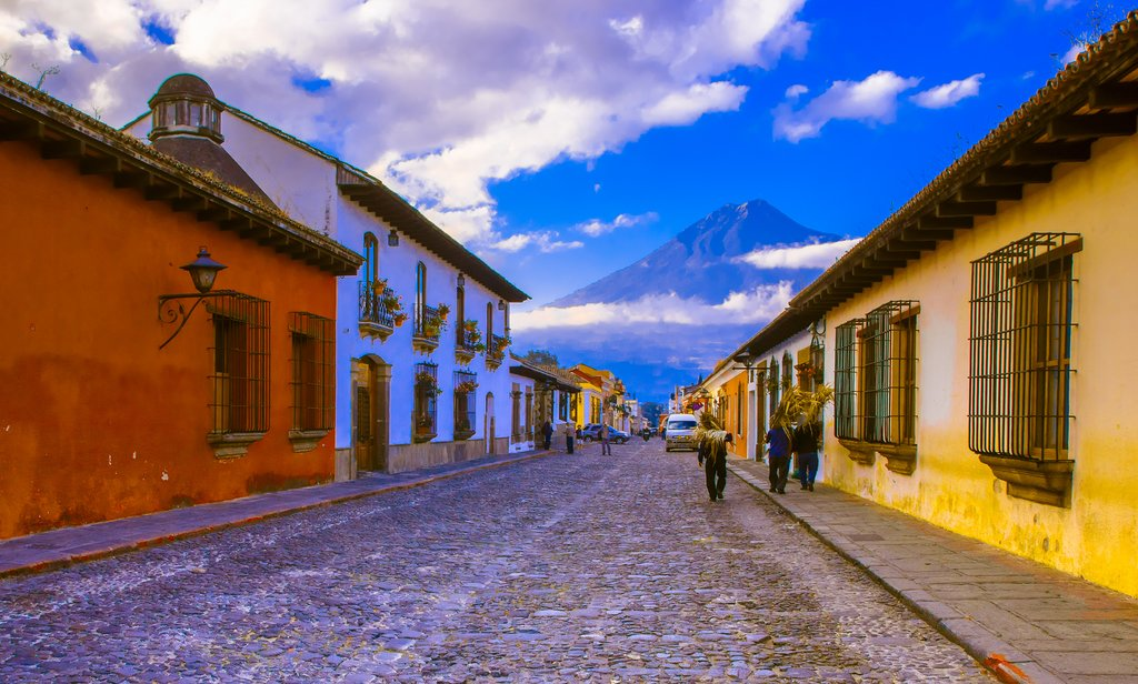 Walk around the historic streets of Antigua