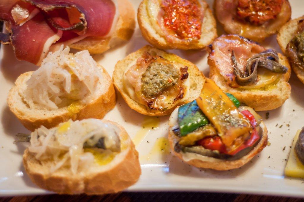 Cicchetti, little snacks served in bars in Venice
