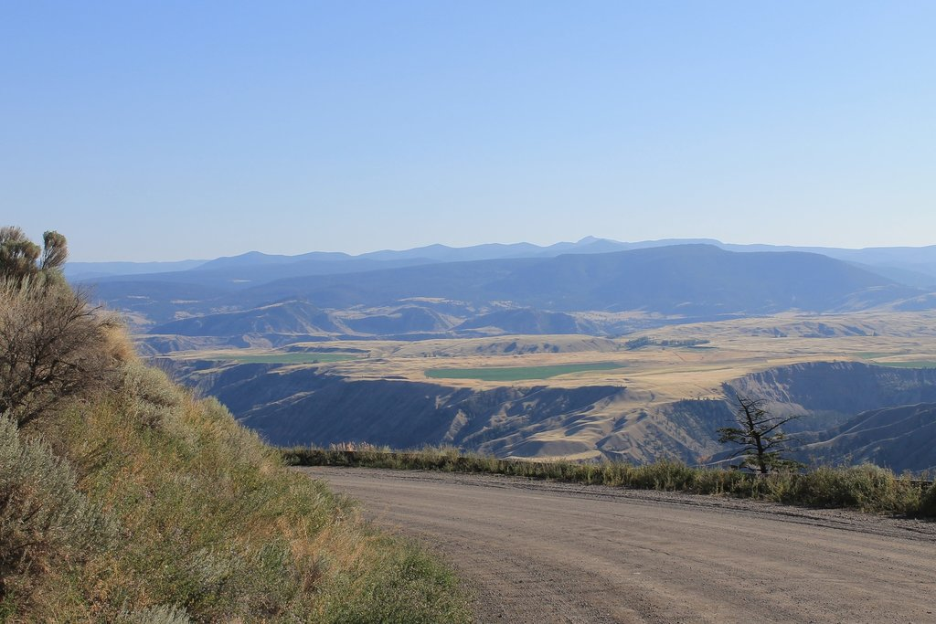 Grasslands of the Chilcotin, nearing Tweedsmuir