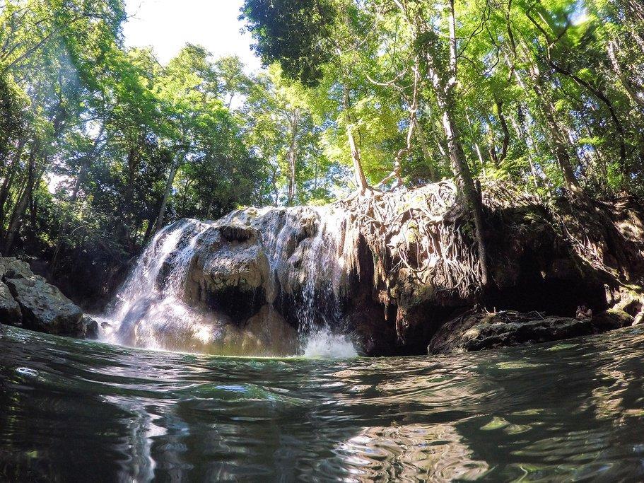 Finca Paraiso Hot Springs Waterfall