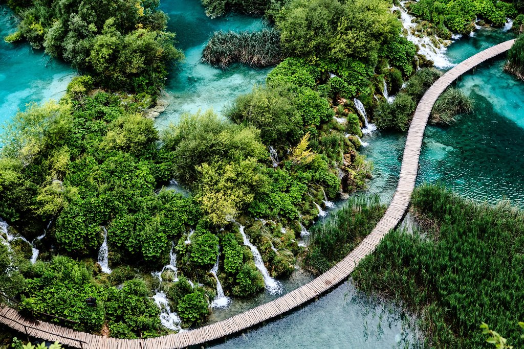 The boardwalk snakes through Plitvice Lakes National Park