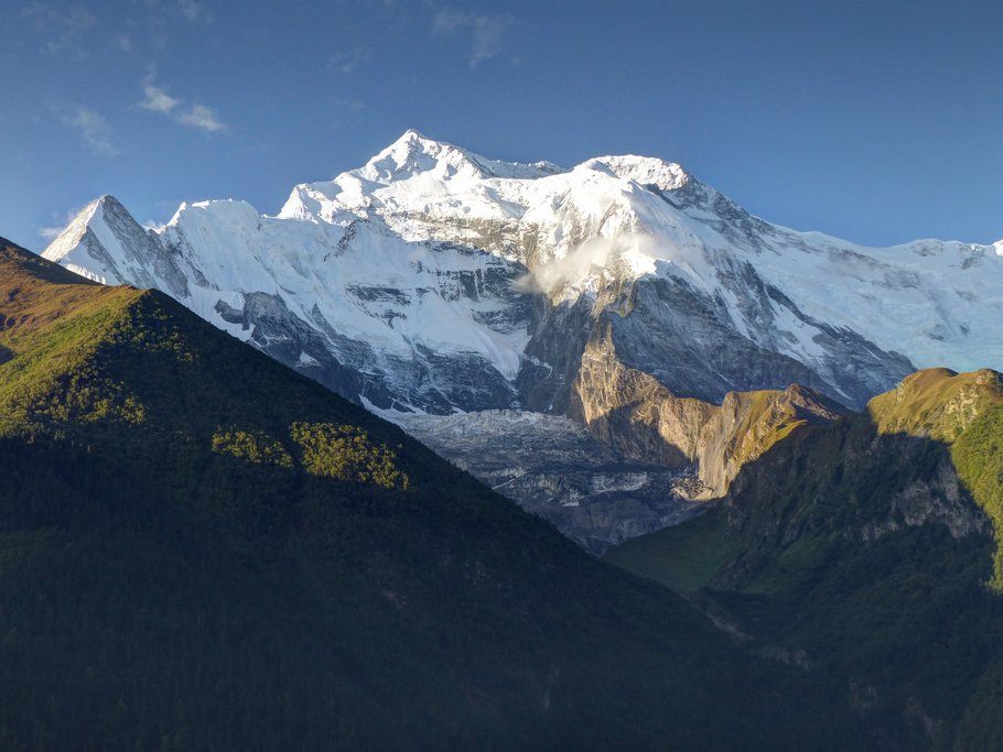 Morning view of the Annapurna range