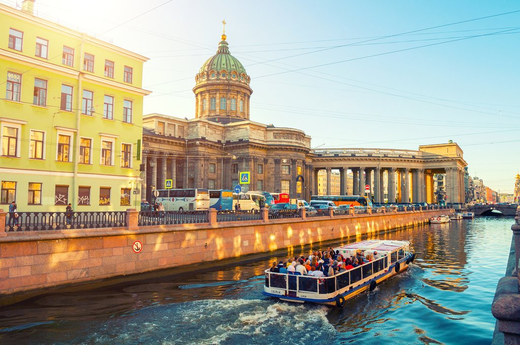 Cruising by the Kazan Cathedral in St Petersburg