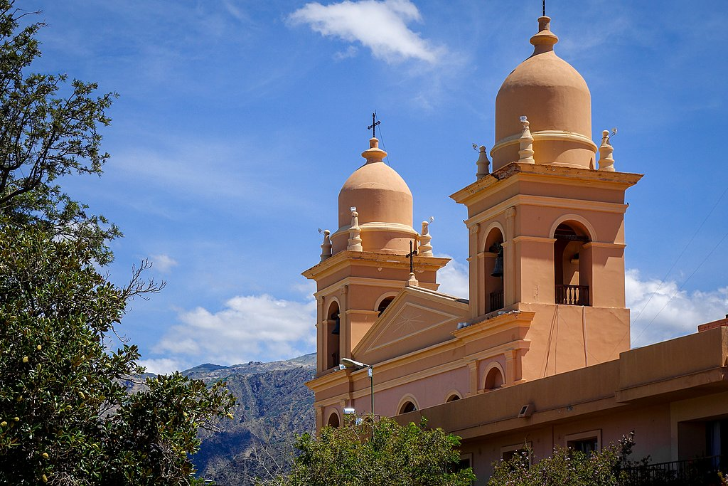 Take one more stroll around Salta before departure