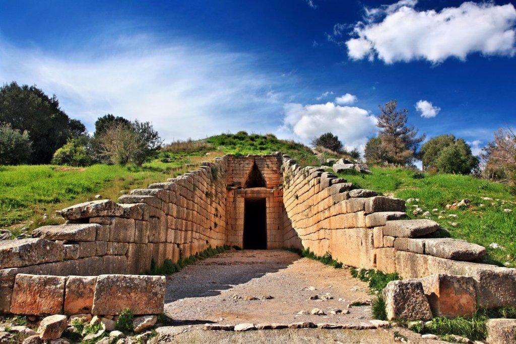 Tomb of Agamemnon in Mycenae