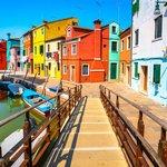 Tour to Murano & Burano Islands in Venice