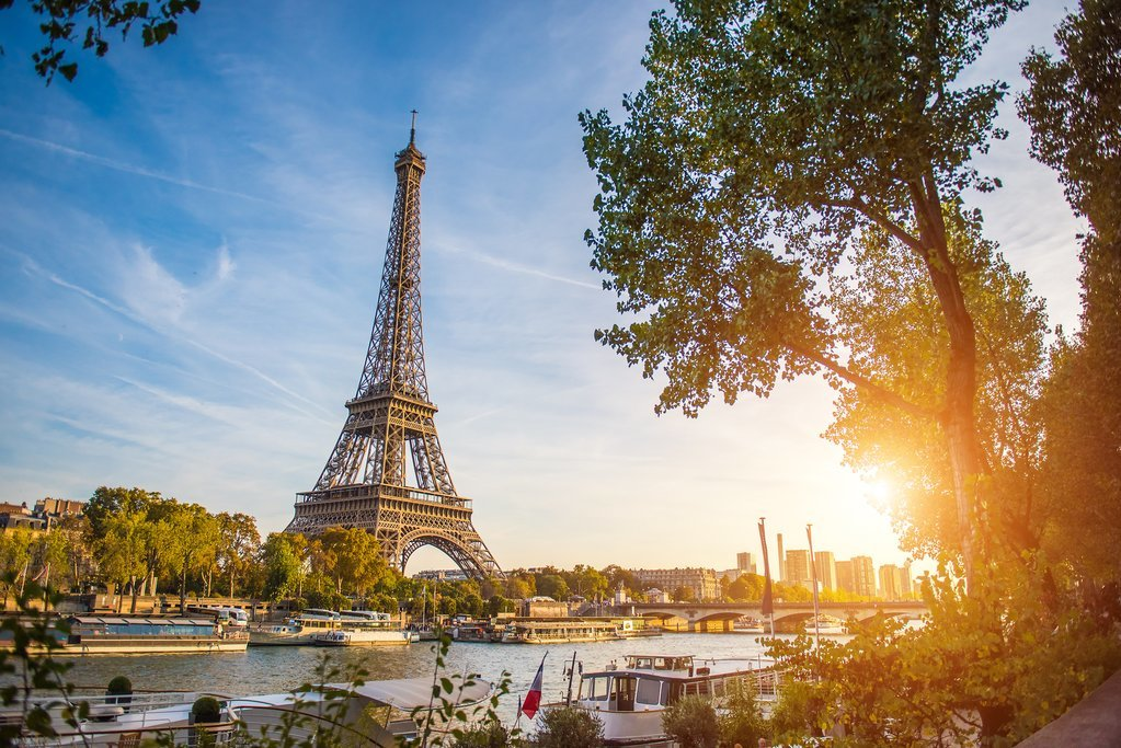 Beautiful afternoon light in front of the Eiffel Tower