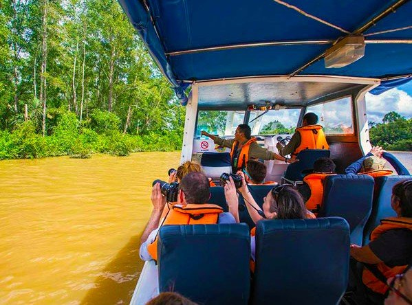 Cruising the Kinabatangan River