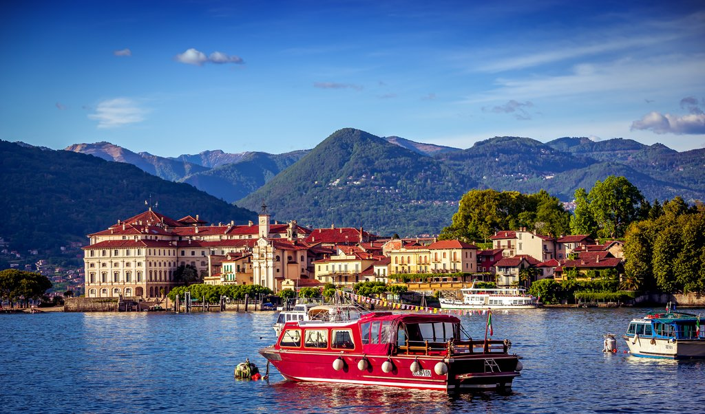How to Get from Lake Como to Stresa