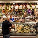 Market & Cicchetti Food Tour in Venice