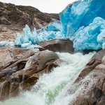 Glacier meltwater results in the formation of rivers