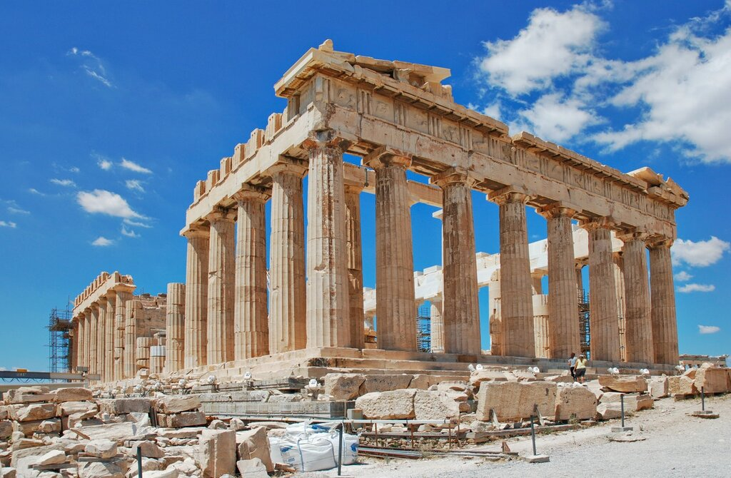 Explore the Ancient World of Athens and its Fascinating Mythology