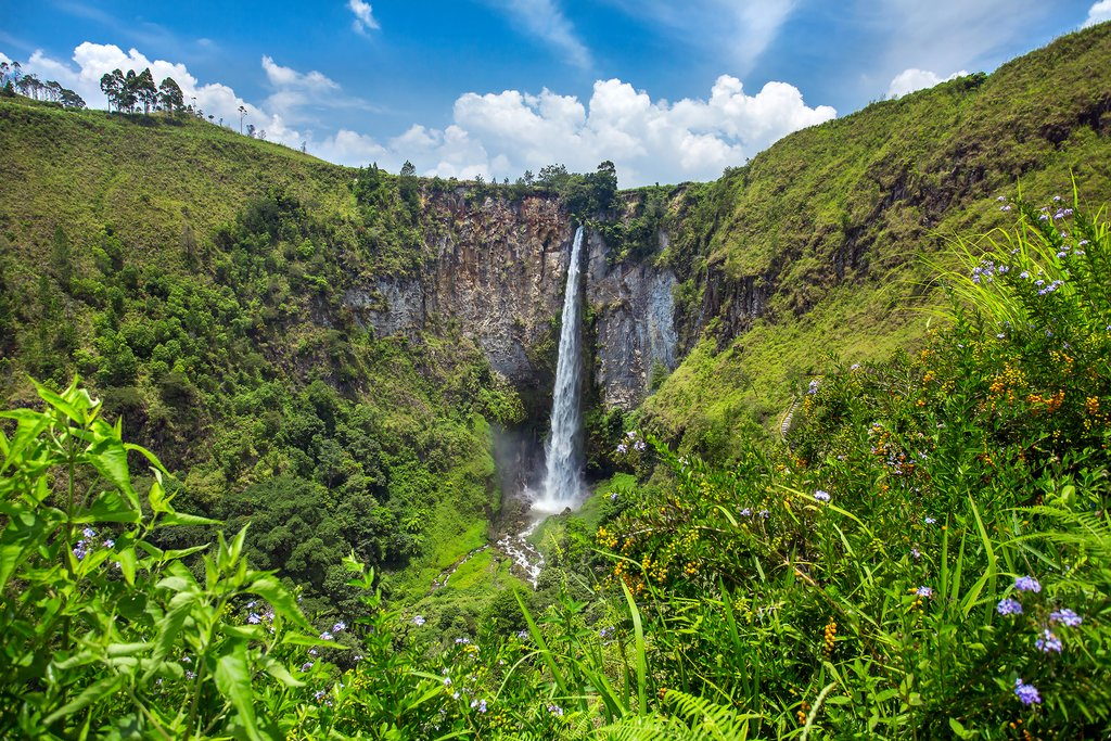Stop off at Sipiso Piso Waterfall on the way to Lake Toba