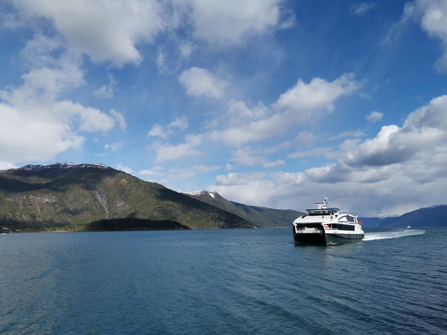 Fjordcruise through the Arctic Ocean