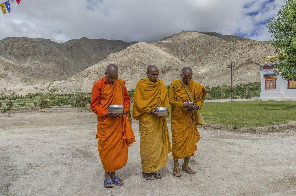 Buddhist monks in Sakti
