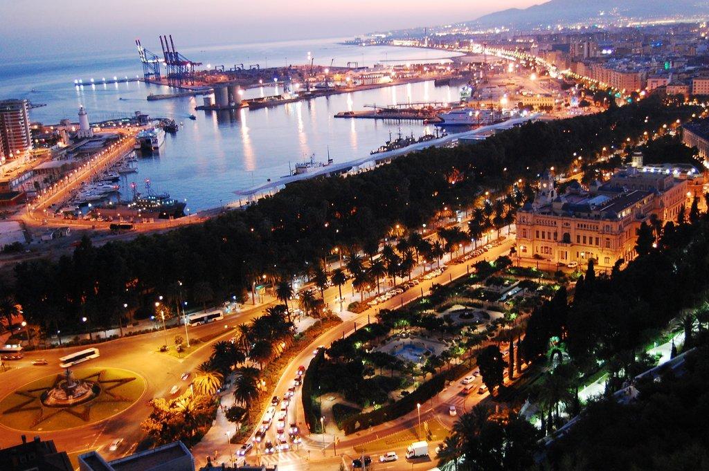Aerial view of Malaga Harbor (Photo courtesy of Pexels)