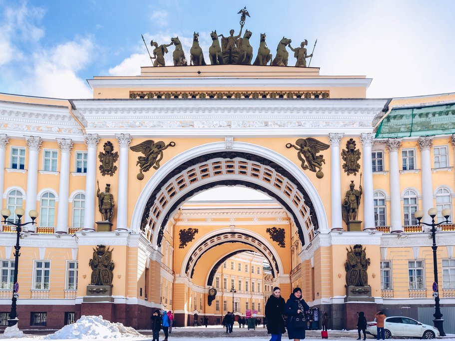 Arch of General Staff in Palace Square