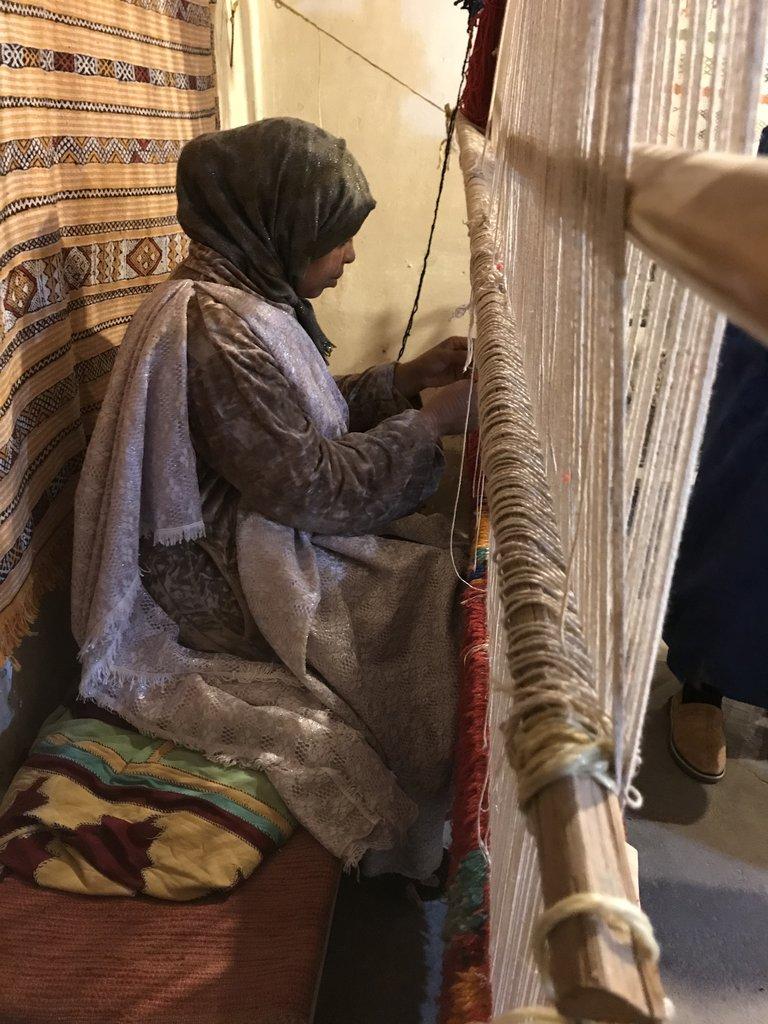 Weaving a Berber carpet | Photo taken by Chris M
