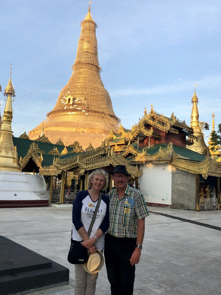 Couple of lookers, Swedagon | Photo taken by Gregory R