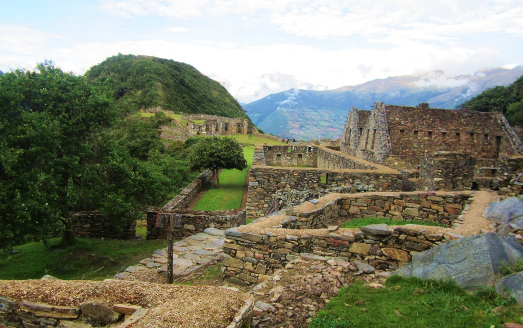 Choquequirao Ruins at Sunrise | Photo taken by Jennifer S
