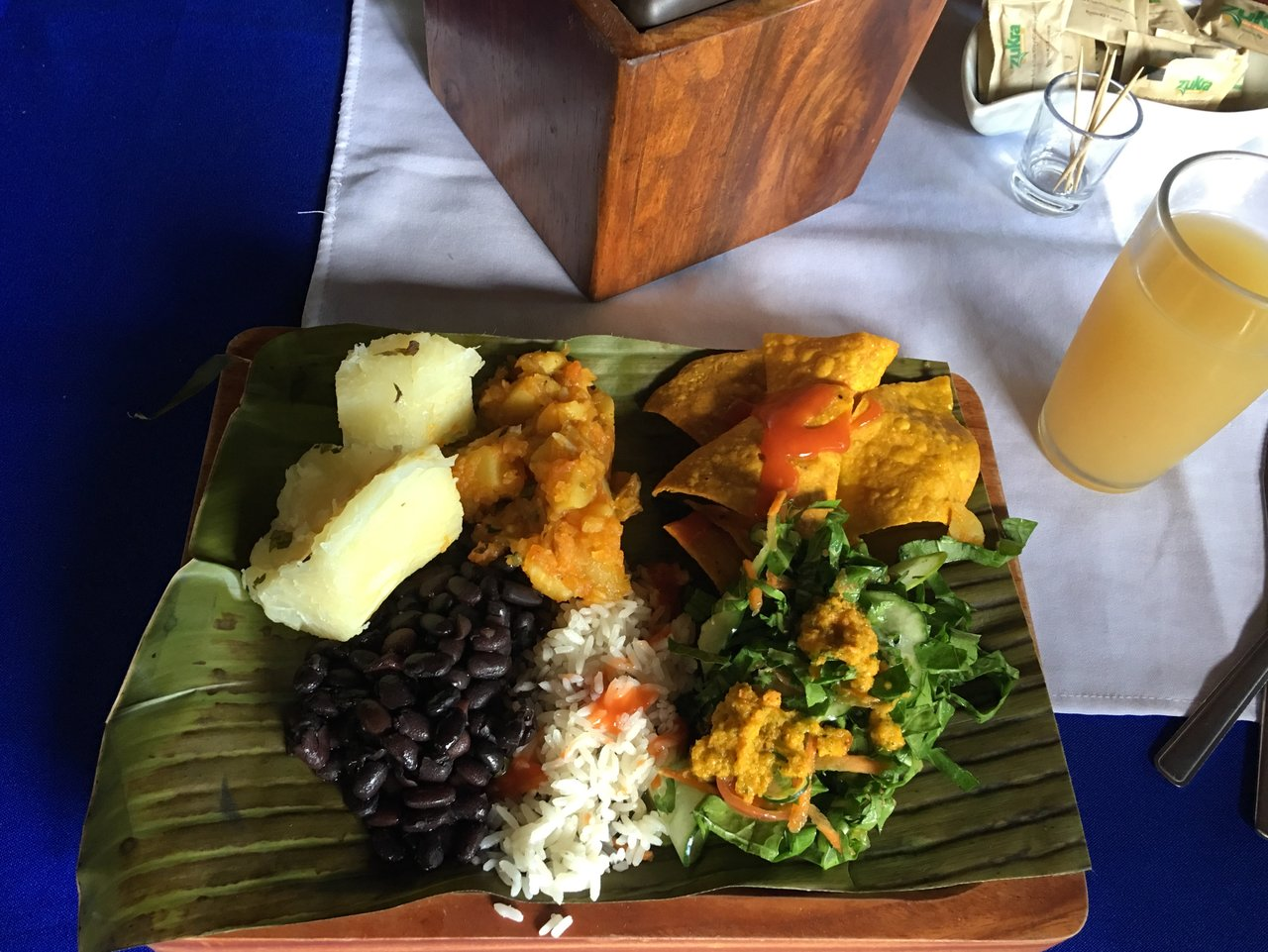 Authentic Costa Rican Lunch  | Photo taken by Rachel H