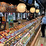 Shopping for lunch | Photo taken by Joost S