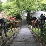 Steps of Kumano-jinja Shrine | Photo taken by Pui san C
