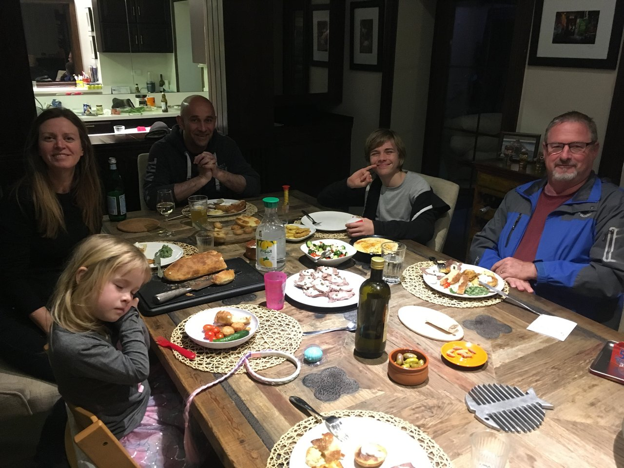 Lovely dinner with Cousin Elizabeth and family | Photo taken by Linley V