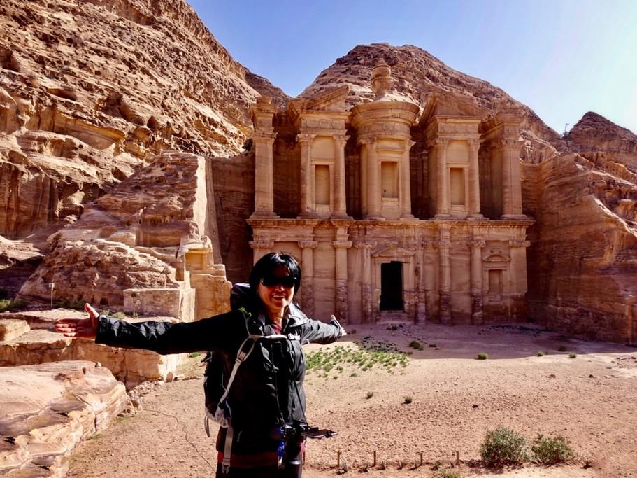 Backdoor hike/ Petra Monastery | Photo taken by Gerelyn G