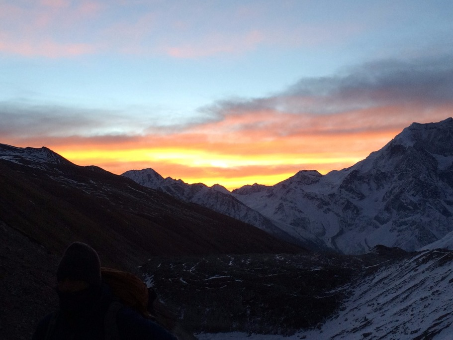 Sunrise as we ascended the pass from Daramshala  | Photo taken by Louis f