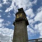 Clock Tower- Cliveden House | Photo taken by Steven Lee J