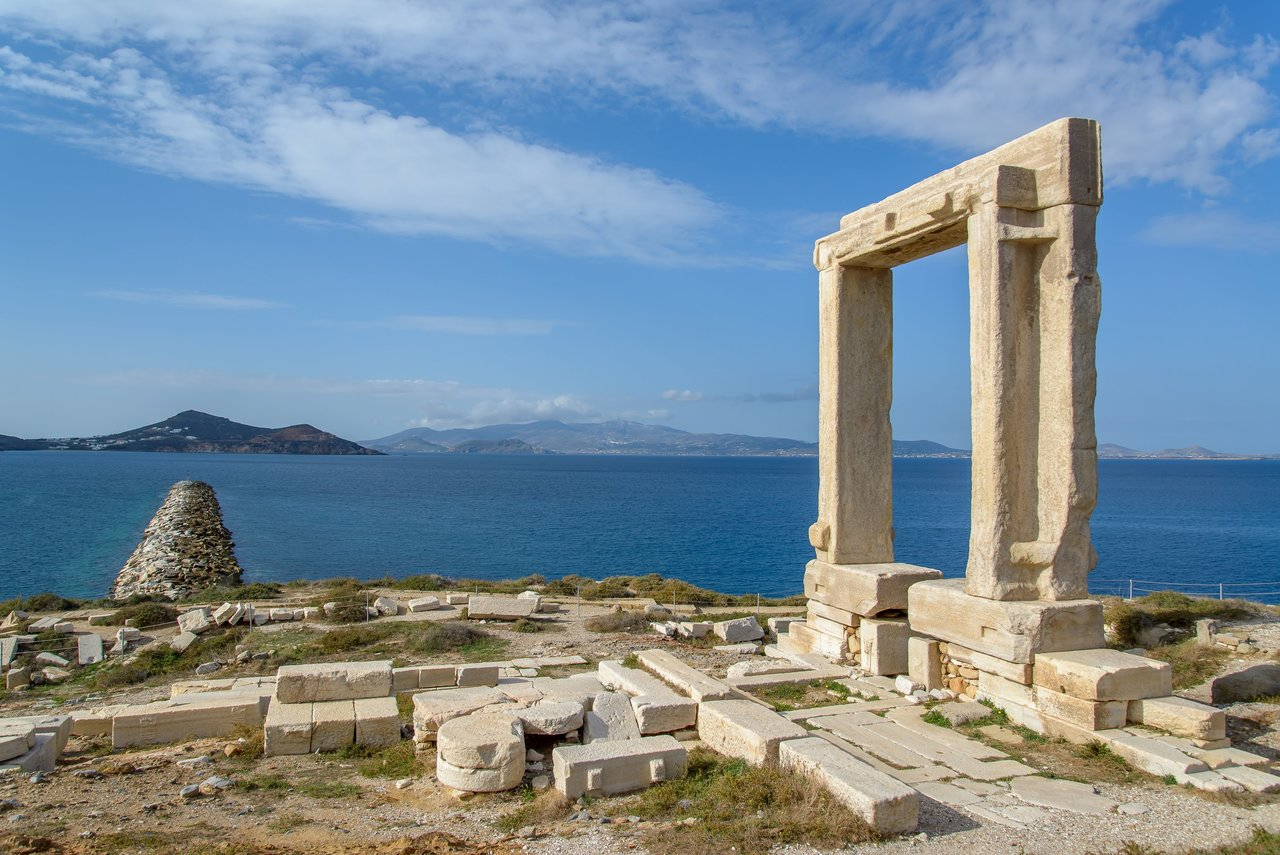 Portara or Great Door of unfinished Temple of Apollo on Naxos, 530BC | Photo taken by David B