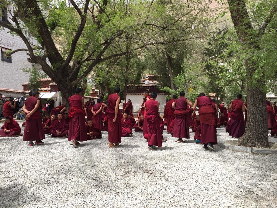 Debating monks at the Sera Monastery in Tibet | Photo taken by Andrew B