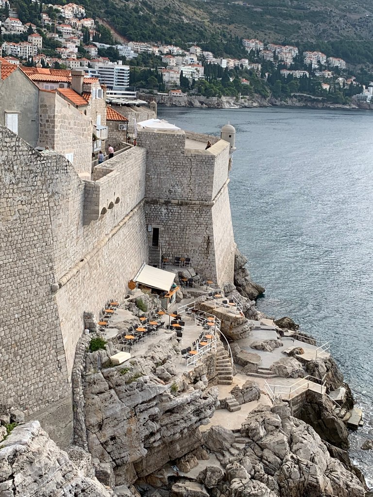 Cafe along the walls of Dubrovnik | Photo taken by Eva W