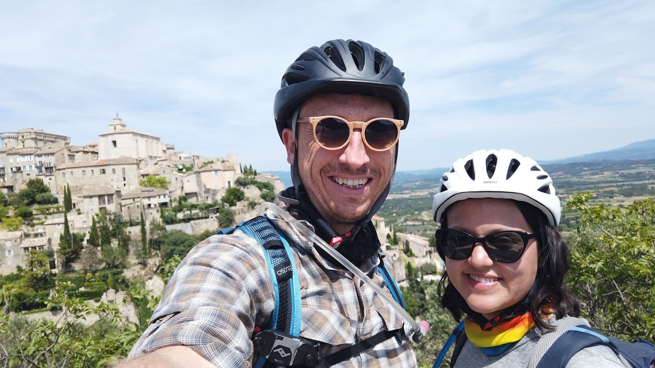 Selfie outside of Gordes | Photo taken by Richard L